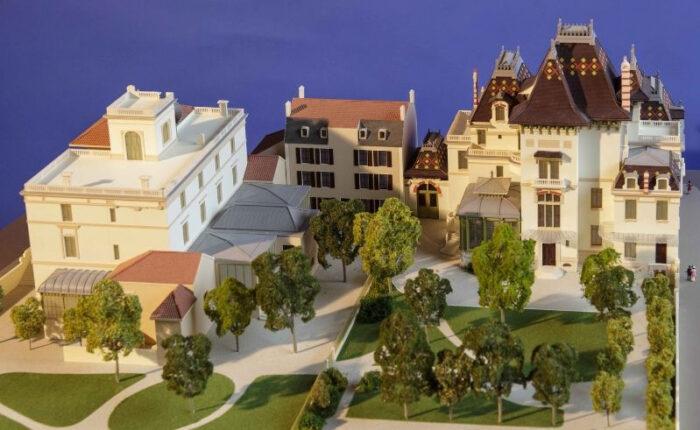 Maquette muséale de restitution historique au 1/87 des villas des freres Antoine et Louis Lumière