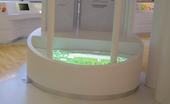 Maquette topographique blanche du Centre de stockage de l'Aube - support de projection
