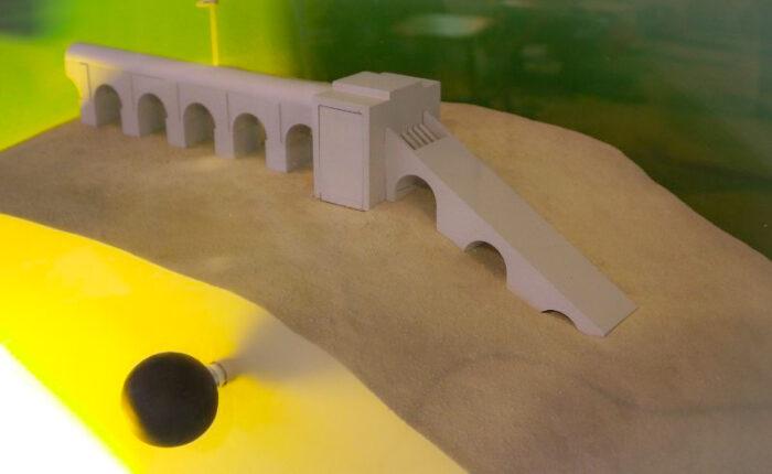 Manipe pédagogique archéologique d'aqueduc