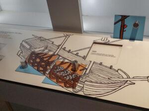 Manipe-Jeu Les matériaux des bateaux