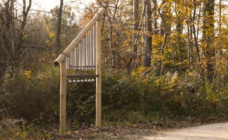 Carillon japonais - Décor musical en extérieur sur sentier forestier