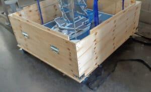 Caisse de transport de maquette en bois