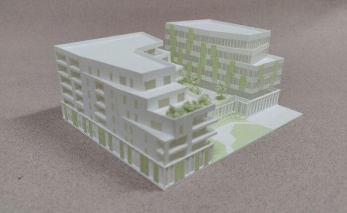 Maquette blanche de concours d'architecture au 1/500e