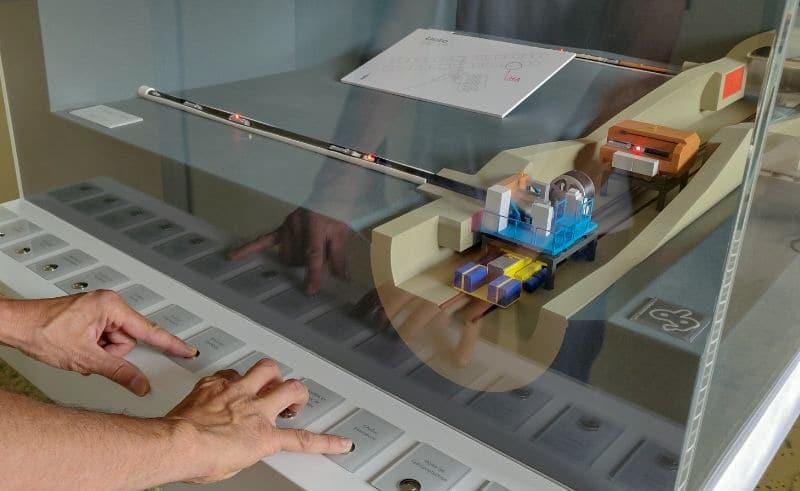Maquette pédagogique industrielle d'alvéole du projet de stockage Cigéo de l'Andra