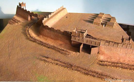 """Maquette pédagogique """"Clavicula"""" d'une fortification romaine."""