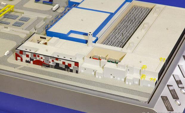 Maquette animée industrielle au 1/500 de l'usine d'enrichissement du site Areva Tricastin
