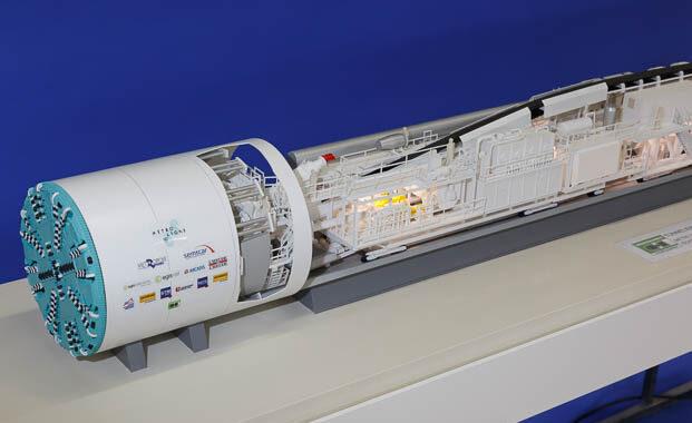 Maquette industrielle motorisée et éclairée d'un tunnelier à l'echelle 1/50 - Vue de détail