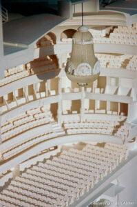 Maquette 1/50 en écorché et éclairée de l'Opéra Comédie à Montpellier - Vue de détail