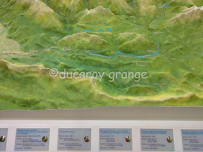 Maquette topographique de la Vallée du Drac avec animation lumineuse et sonore