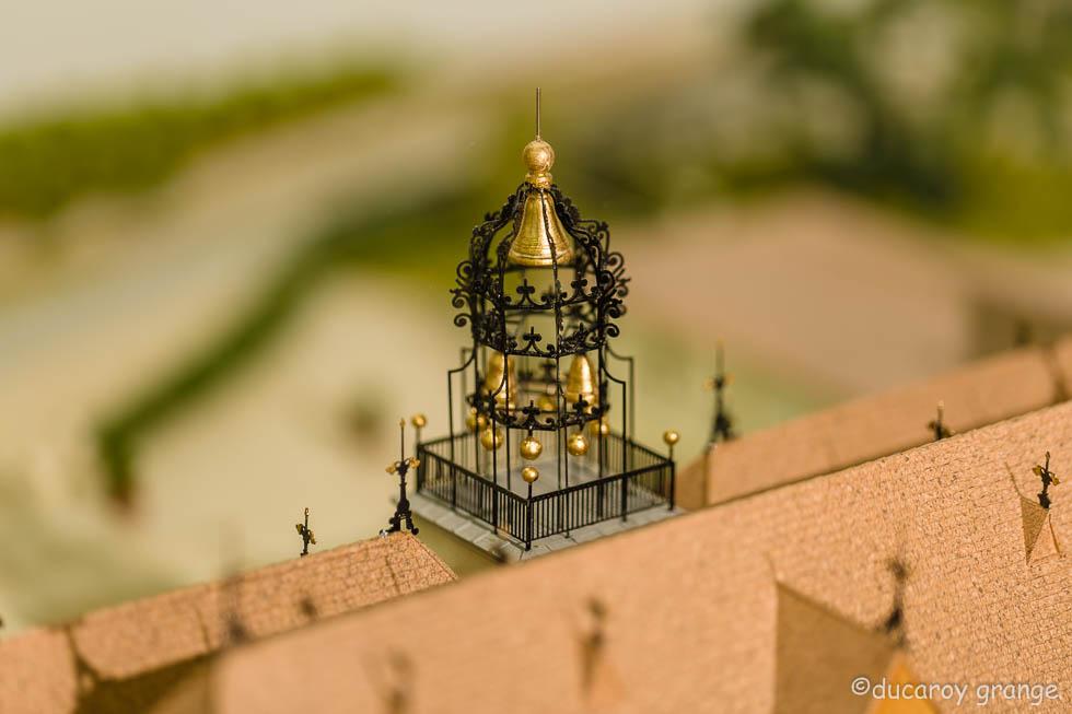 """Maquette du Domaine """"Château Angelus"""" - Vue de détail du Carillon"""